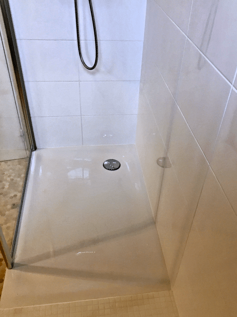 Marly - Le nouveau bac à douche posé