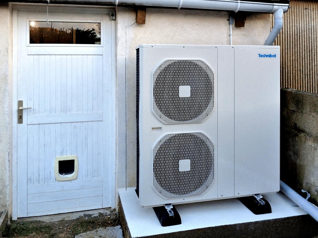 Saulny - La pompe à chaleur en place